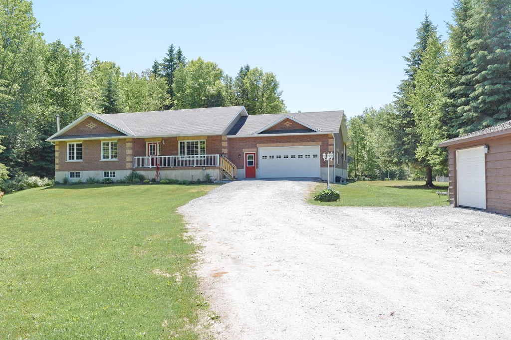 Main Photo: 32810 Thorah Side Rd: Freehold for sale (Brock)  : MLS®# N3511223