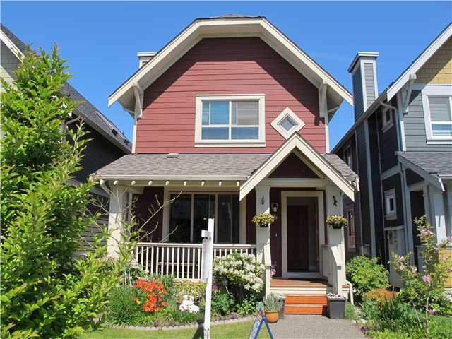 Main Photo: 239 FURNESS Street in New Westminster: Queensborough House for sale : MLS(r) # V942501