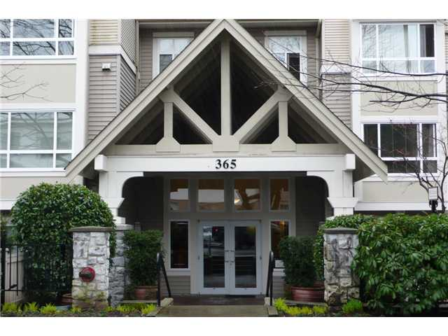 "Main Photo: 213 365 E 1ST Street in North Vancouver: Lower Lonsdale Condo for sale in ""The Vista at Hammersley Park"" : MLS®# V954569"