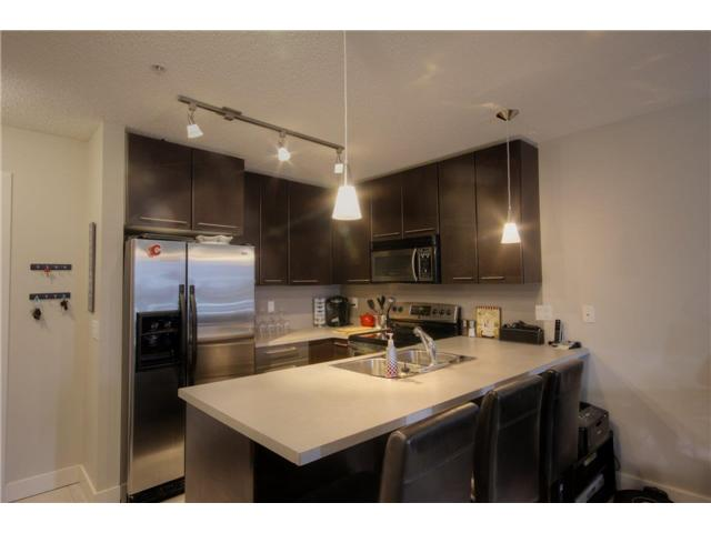 Photo 5: 352 35 RICHARD Court SW in CALGARY: Lincoln Park Condo for sale (Calgary)  : MLS(r) # C3570155