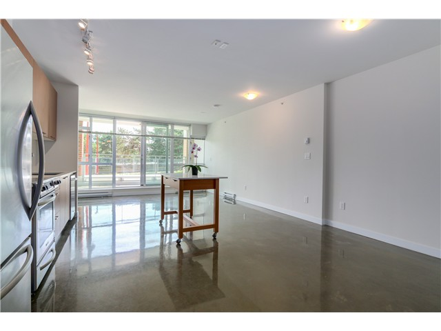 "Photo 6: 217 221 UNION Street in Vancouver: Mount Pleasant VE Condo for sale in ""V6A"" (Vancouver East)  : MLS(r) # V1073041"