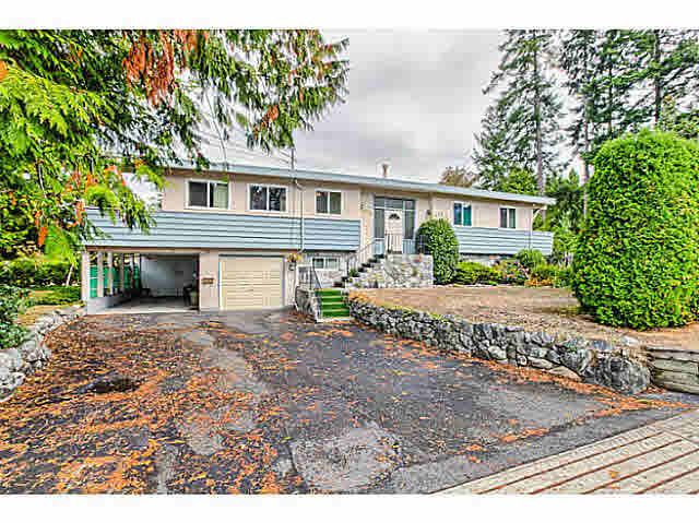 Photo 2: 4805 2 AVENUE in Tsawwassen: Pebble Hill House for sale : MLS® # V1143473