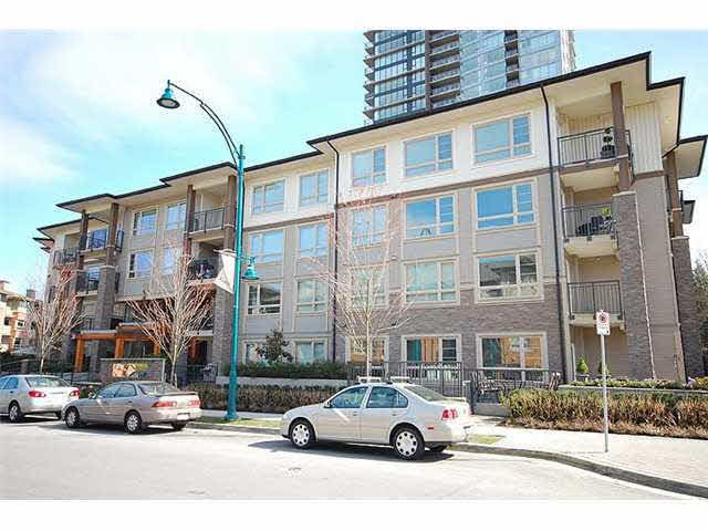 Main Photo: 412 701 KLAHANIE DRIVE in Port Moody: Port Moody Centre Condo for sale : MLS® # R2038863