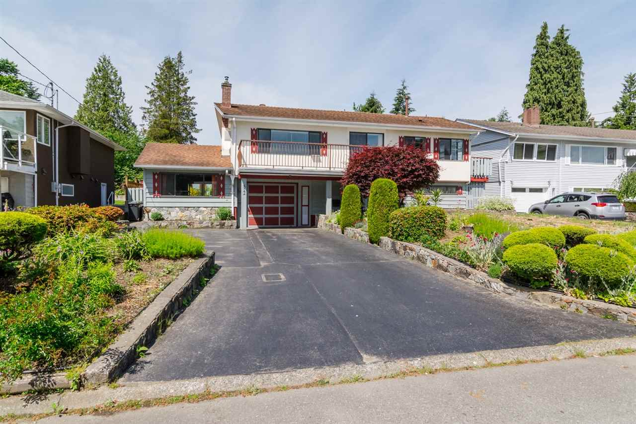 Main Photo: 822 ATKINS STREET in Coquitlam: Harbour Place House for sale : MLS® # R2075794