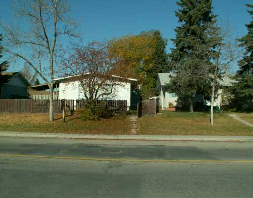 Main Photo:  in CALGARY: Forest Heights Residential Detached Single Family for sale (Calgary)  : MLS® # C3189896