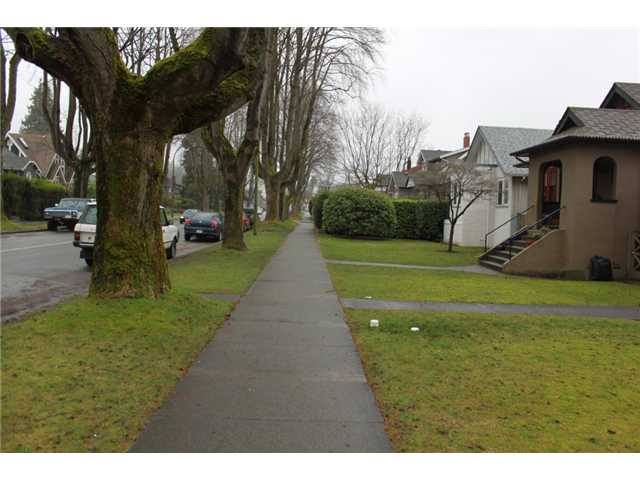 Photo 6: 3539 W 10TH Avenue in Vancouver: Kitsilano House for sale (Vancouver West)  : MLS® # V931077