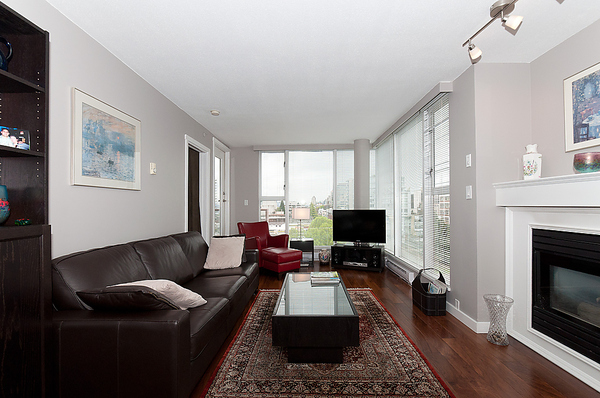 Main Photo: 805 1633 W 8TH Avenue in Vancouver: Fairview VW Condo for sale (Vancouver West)  : MLS® # V972144
