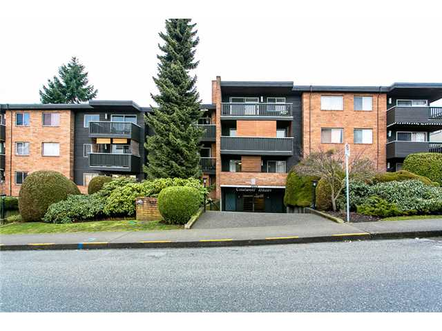 "Main Photo: 312 1011 4TH Avenue in New Westminster: Uptown NW Condo for sale in ""CRESTWELL MANOR"" : MLS(r) # V989169"