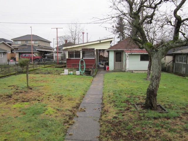 Photo 3: 3185 TURNER ST in Vancouver: Renfrew VE House for sale (Vancouver East)  : MLS® # V1098838