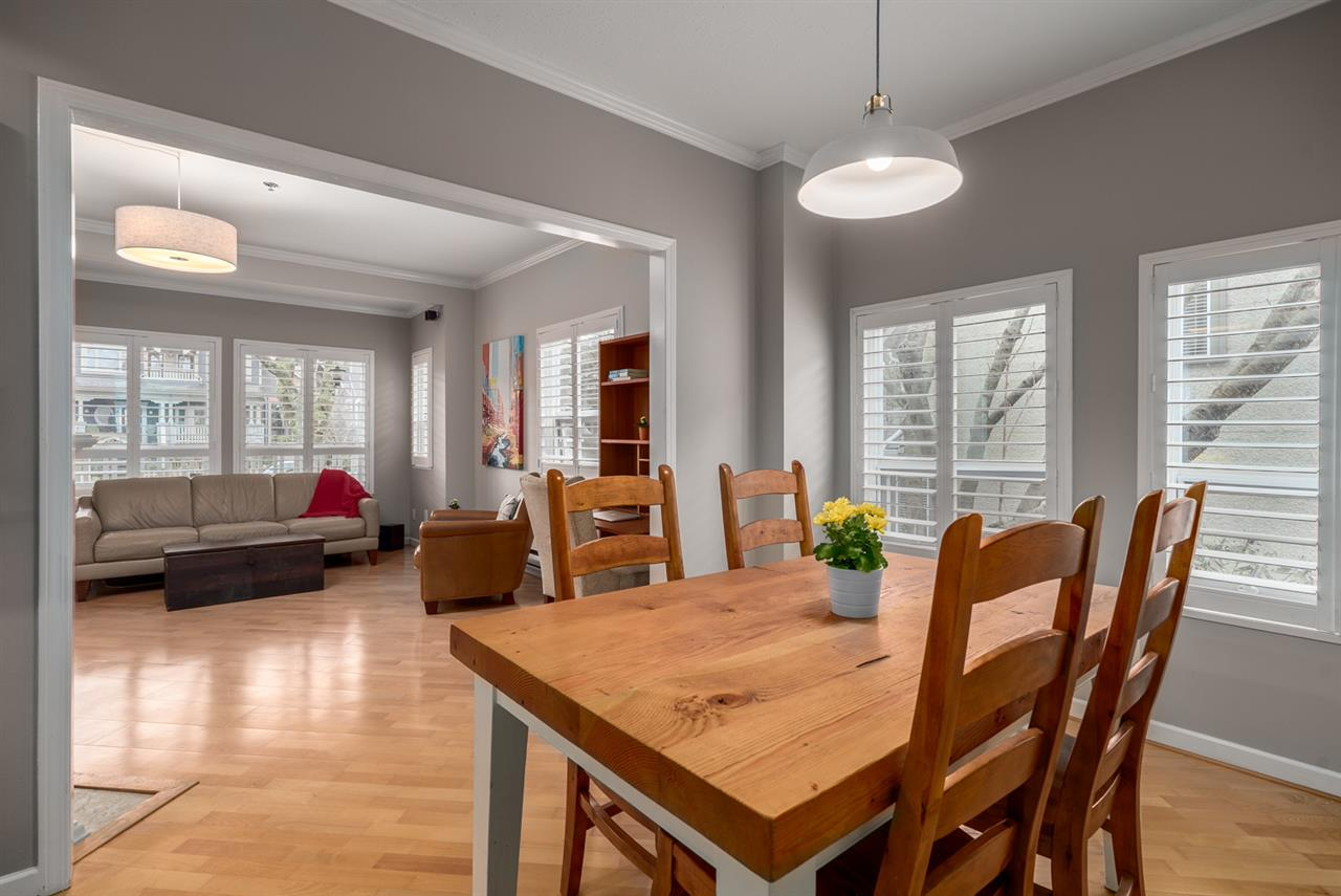 Photo 2: 159 W 13TH AVENUE in Vancouver: Mount Pleasant VW Townhouse for sale (Vancouver West)  : MLS(r) # R2030061