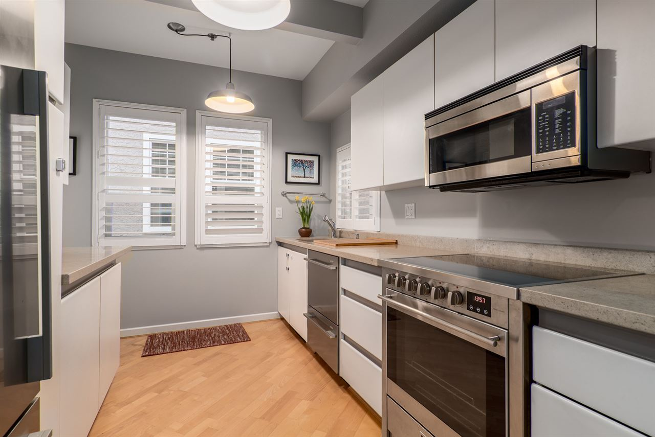 Photo 4: 159 W 13TH AVENUE in Vancouver: Mount Pleasant VW Townhouse for sale (Vancouver West)  : MLS(r) # R2030061