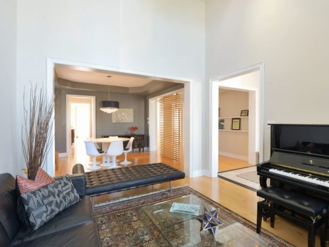 Photo 5: 2380 Rideau Dr in Oakville: Iroquois Ridge North Freehold for sale : MLS(r) # W3702265