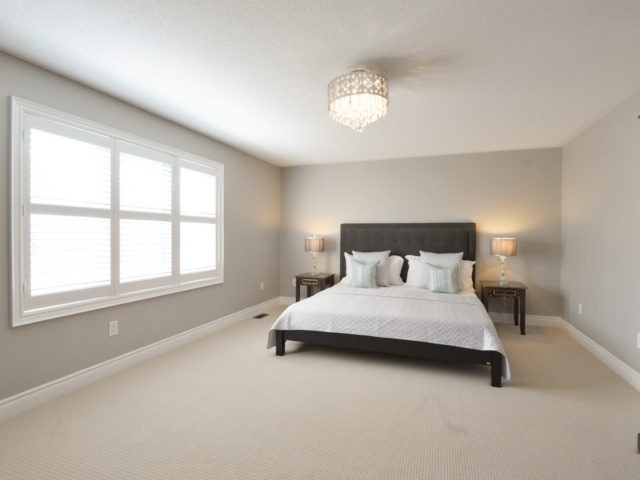 Photo 11: 2380 Rideau Dr in Oakville: Iroquois Ridge North Freehold for sale : MLS(r) # W3702265
