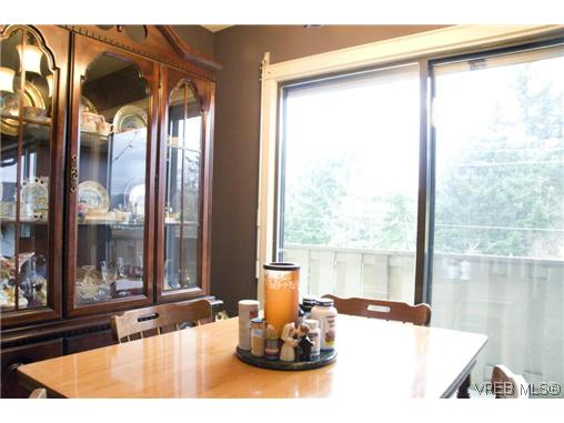 Photo 13: 3257 Jacklin Road in VICTORIA: Co Triangle Single Family Detached for sale (Colwood)  : MLS(r) # 311583