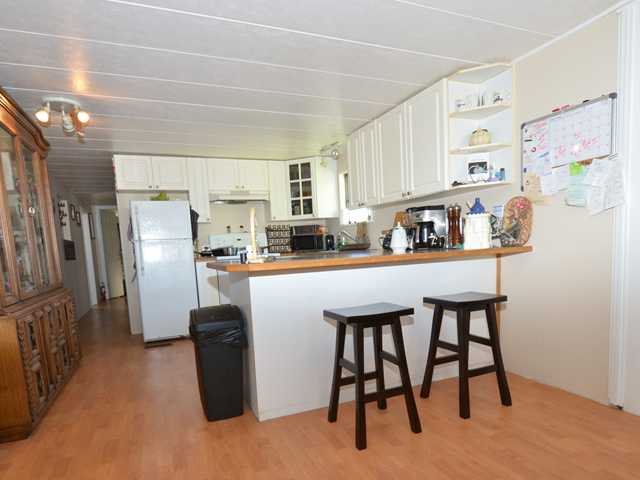 "Photo 4: 37 201 CAYER Street in Coquitlam: Maillardville Manufactured Home for sale in ""WILDWOOD PARK"" : MLS(r) # V972709"