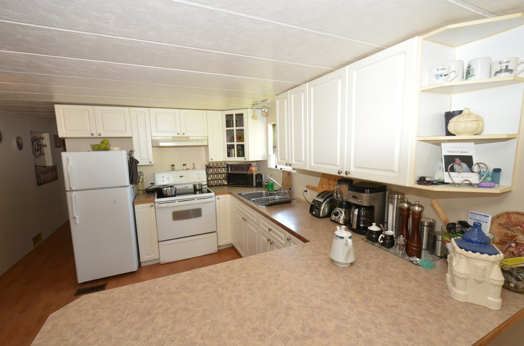 "Photo 16: 37 201 CAYER Street in Coquitlam: Maillardville Manufactured Home for sale in ""WILDWOOD PARK"" : MLS(r) # V972709"