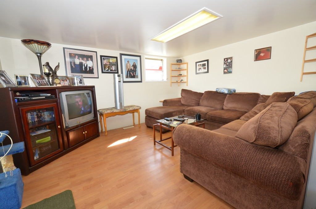 "Photo 23: 37 201 CAYER Street in Coquitlam: Maillardville Manufactured Home for sale in ""WILDWOOD PARK"" : MLS(r) # V972709"