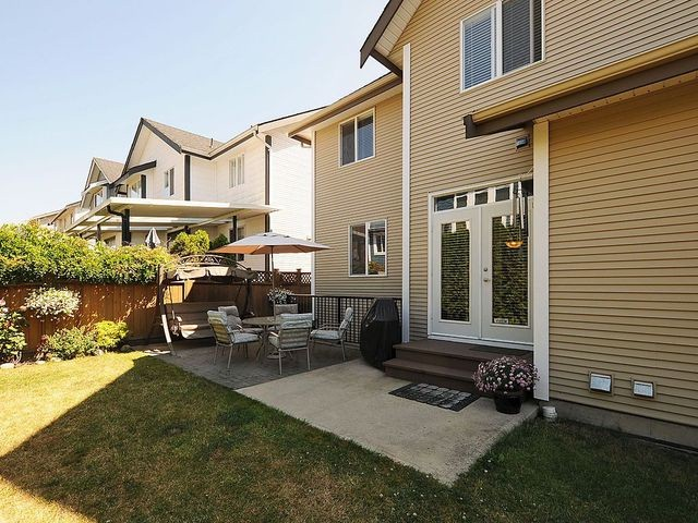 "Photo 19: 17899 70TH Avenue in Surrey: Cloverdale BC House for sale in ""Provinceton"" (Cloverdale)  : MLS(r) # F1317550"