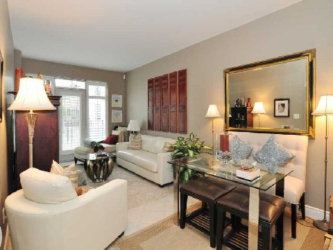 Photo 4: 77 Mcmurrich St Unit #104 in Toronto: Annex Condo for sale (Toronto C02)  : MLS(r) # C2740849