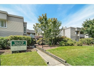 Main Photo: 114 555 NORTH Road in Coquitlam: Coquitlam West Condo for sale : MLS(r) # V1072887