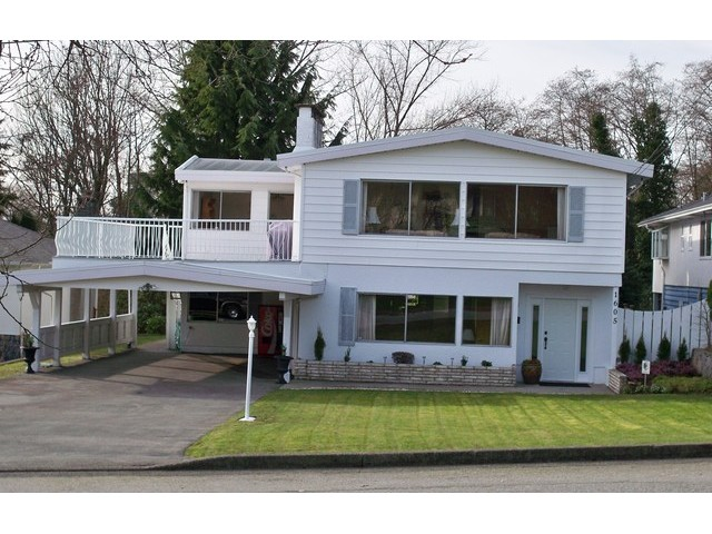 Photo 1: 1605 HOWARD Avenue in Burnaby: Parkcrest House for sale (Burnaby North)  : MLS® # V1105600