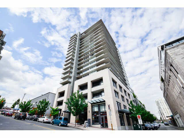 Main Photo: 1406 39 sixth Street in New Westminster: Downtown NW Condo for sale : MLS(r) # v1133268
