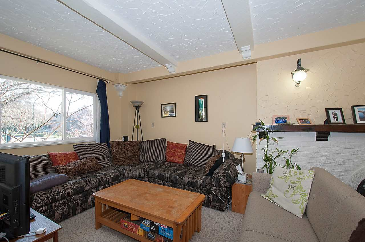 Photo 5: 2043 COLLINGWOOD STREET in Vancouver: Kitsilano House for sale (Vancouver West)  : MLS(r) # R2044911