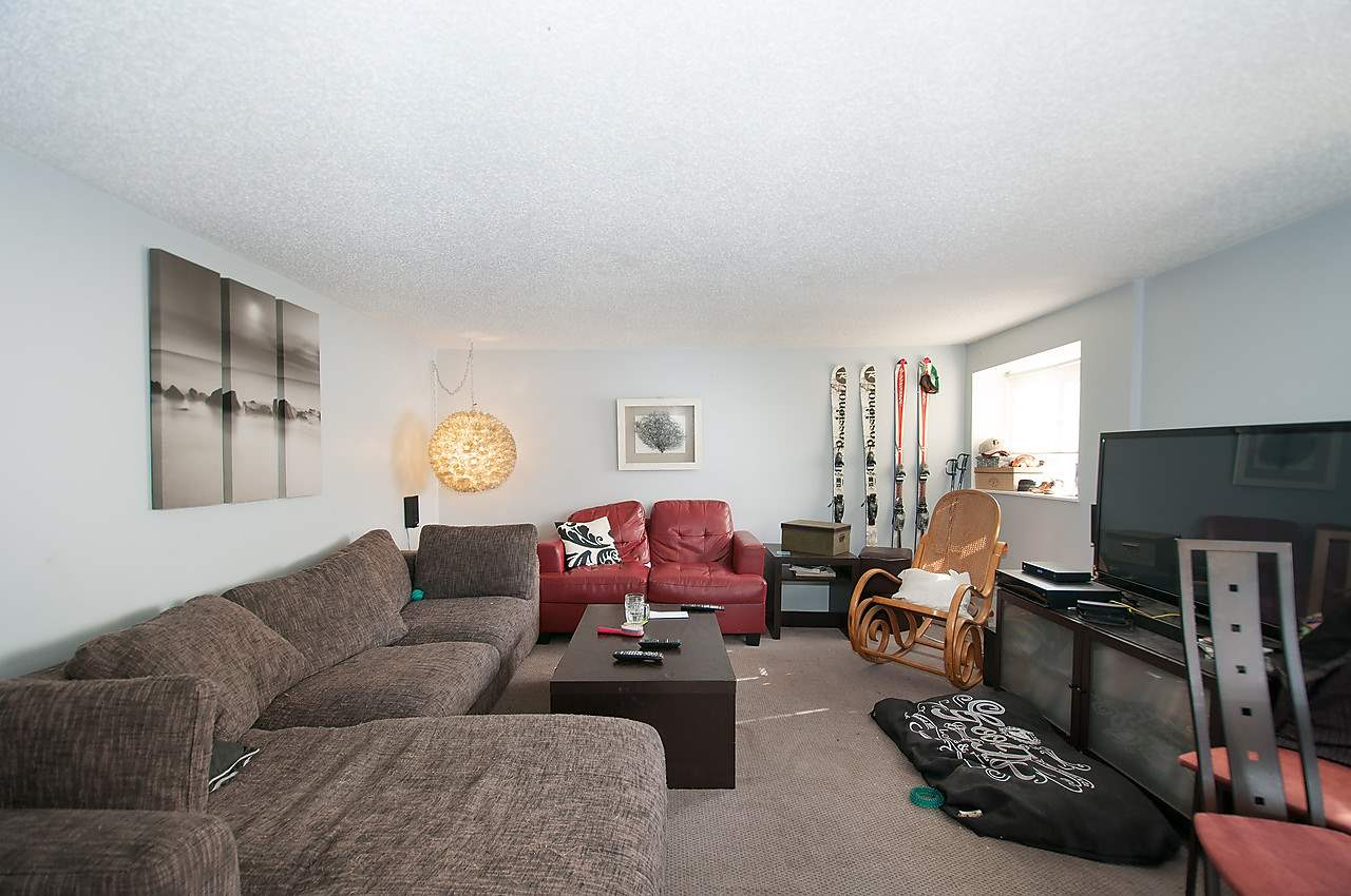 Photo 16: 2043 COLLINGWOOD STREET in Vancouver: Kitsilano House for sale (Vancouver West)  : MLS(r) # R2044911