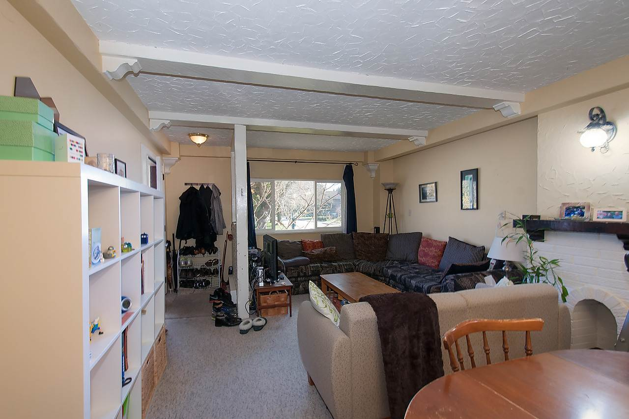 Photo 4: 2043 COLLINGWOOD STREET in Vancouver: Kitsilano House for sale (Vancouver West)  : MLS(r) # R2044911