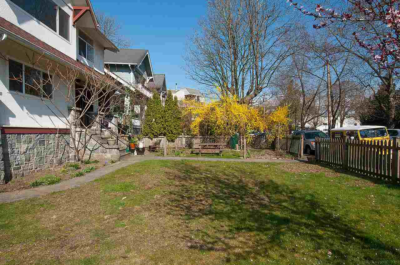 Photo 20: 2043 COLLINGWOOD STREET in Vancouver: Kitsilano House for sale (Vancouver West)  : MLS(r) # R2044911