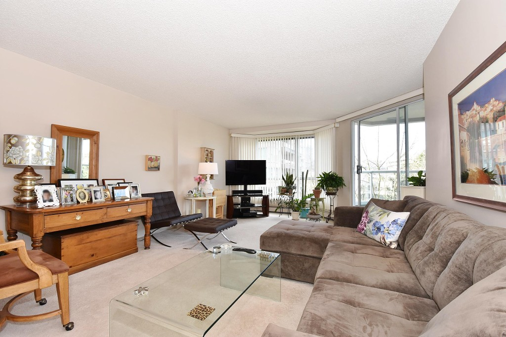 Photo 3: 601 518 MOBERLY ROAD in Vancouver: False Creek Condo for sale (Vancouver West)  : MLS(r) # R2047447