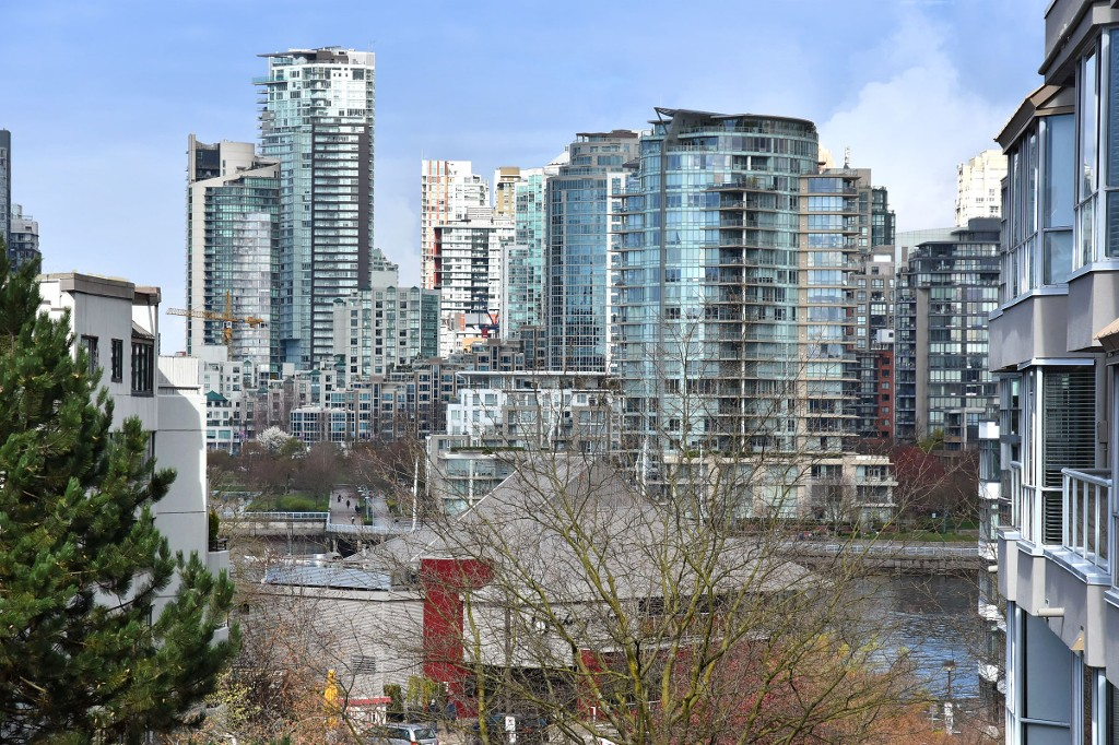 Photo 14: 601 518 MOBERLY ROAD in Vancouver: False Creek Condo for sale (Vancouver West)  : MLS(r) # R2047447