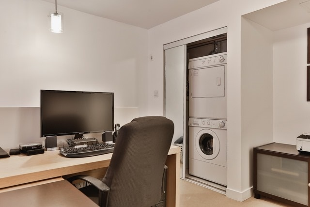 Photo 8: 21 Earl St Unit #119 in Toronto: North St. James Town Condo for sale (Toronto C08)  : MLS(r) # C3695047