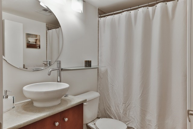 Photo 11: 21 Earl St Unit #119 in Toronto: North St. James Town Condo for sale (Toronto C08)  : MLS(r) # C3695047