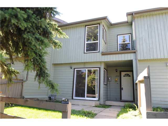 Main Photo: 103 420 GRIER Avenue NE in CALGARY: Greenview Townhouse for sale (Calgary)  : MLS(r) # C3516239