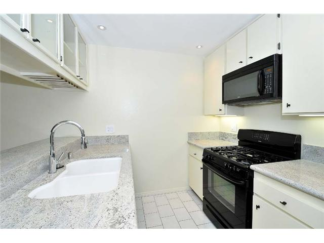 Photo 2: MISSION VALLEY Home for sale or rent : 2 bedrooms : 1625 Hotel Circle South #C312 in San Diego