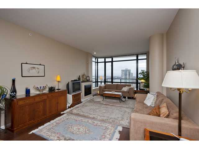 Photo 2: # 2001 610 VICTORIA ST in : Downtown NW Condo for sale : MLS® # V936699
