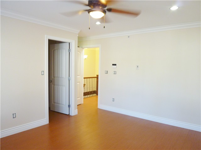 Photo 7: 530 16TH ST in : Uptown NW House 1/2 Duplex for sale : MLS(r) # V966975