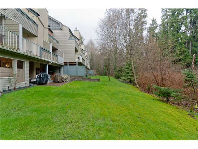 "Main Photo: 11 2978 WALTON Avenue in Coquitlam: Canyon Springs Townhouse for sale in ""Creek Terrace"" : MLS® # V993693"