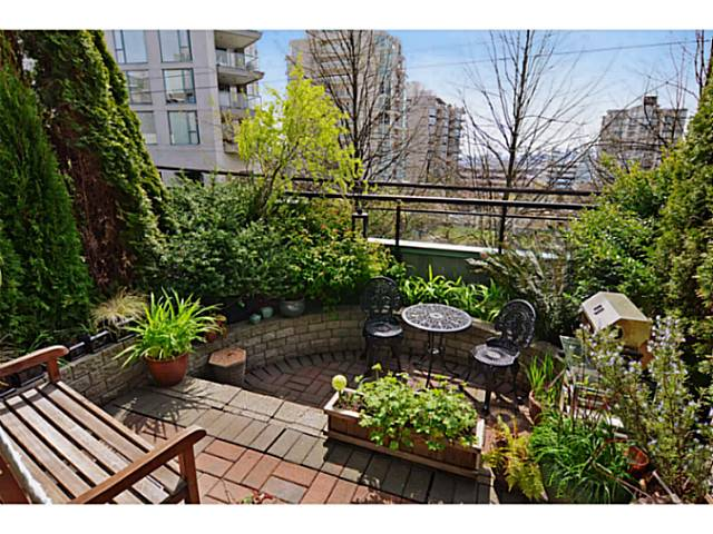 "Photo 2: # 104 131 W 3RD ST in North Vancouver: Lower Lonsdale Condo for sale in ""Seascape"" : MLS(r) # V1024848"