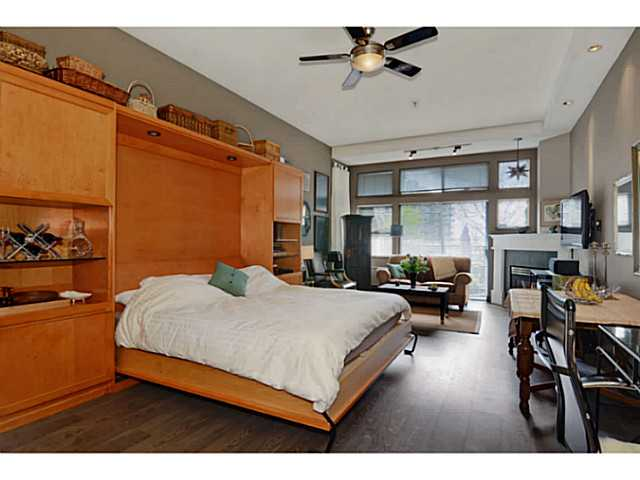 "Photo 6: # 104 131 W 3RD ST in North Vancouver: Lower Lonsdale Condo for sale in ""Seascape"" : MLS(r) # V1024848"