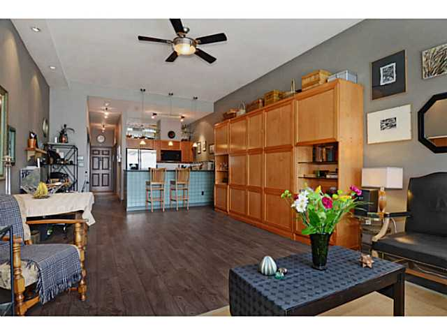 "Photo 5: # 104 131 W 3RD ST in North Vancouver: Lower Lonsdale Condo for sale in ""Seascape"" : MLS(r) # V1024848"