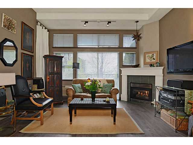 "Main Photo: # 104 131 W 3RD ST in North Vancouver: Lower Lonsdale Condo for sale in ""Seascape"" : MLS(r) # V1024848"