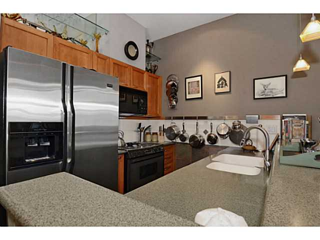"Photo 8: # 104 131 W 3RD ST in North Vancouver: Lower Lonsdale Condo for sale in ""Seascape"" : MLS(r) # V1024848"