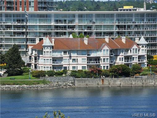 Main Photo: 102 55 Songhees Road in VICTORIA: VW Songhees Condo Apartment for sale (Victoria West)  : MLS® # 340254