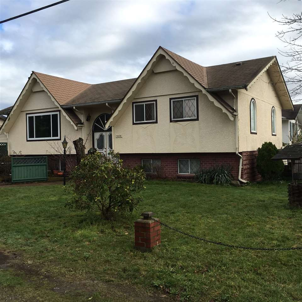 Photo 2: 1454 MAPLE STREET: White Rock Residential Detached for sale (South Surrey White Rock)  : MLS(r) # R2034690