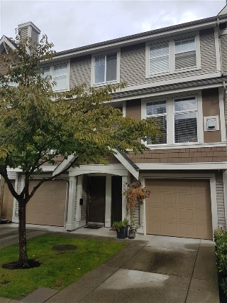 Main Photo: 22 6588 188 STREET in Surrey: Cloverdale BC Townhouse for sale (Cloverdale)  : MLS® # R2111132