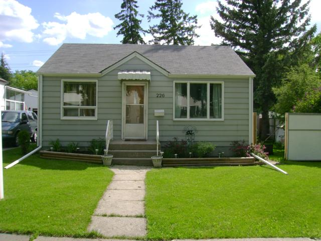 Main Photo: 226 Greene Avenue in WINNIPEG: East Kildonan Residential for sale (North East Winnipeg)  : MLS® # 1211583