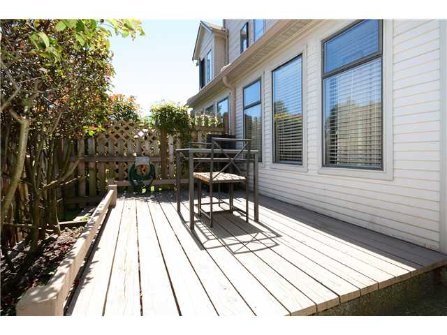 "Photo 10: 11 98 BEGIN Street in Coquitlam: Maillardville Townhouse for sale in ""LE PARC"" : MLS(r) # V965639"