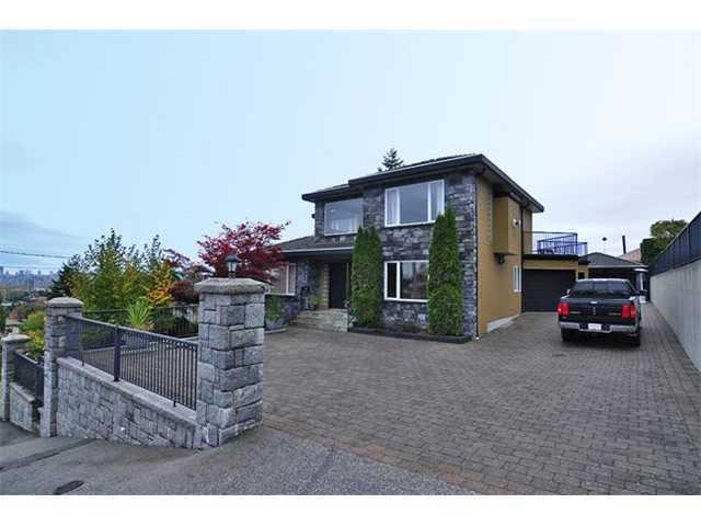 Main Photo: 341 Springer Avenue in Burnaby: Capitol Hill BN House for sale (Burnaby North)  : MLS®# V1032491
